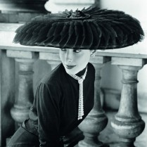 Legroux Soeurs hat, 1952